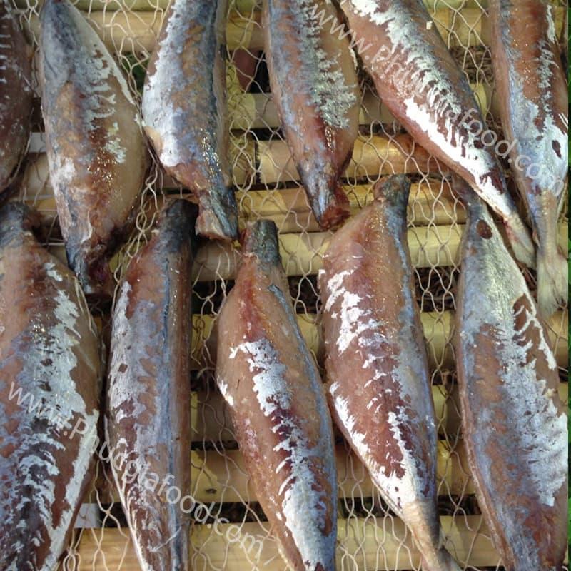khách hàng hỏi cá nục một nắng giá thị trường là bao nhiêu tiền 1 kg